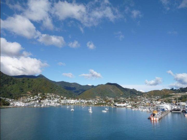 ferry isla sur nueva zelanda