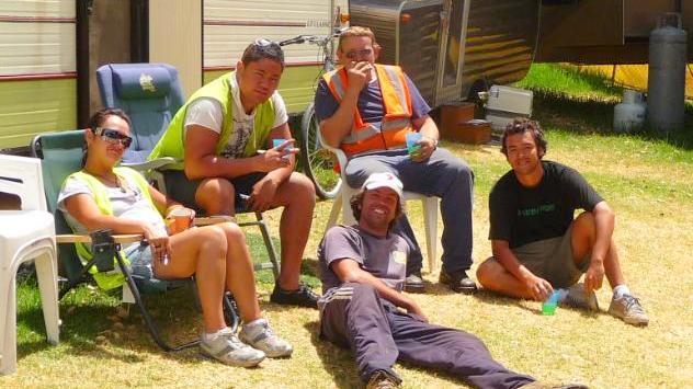 trabajadores-parque-australia