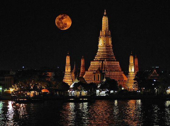 Wat arun templo en tailandia