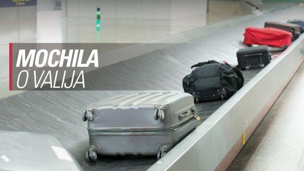 viajar con mochila o valija