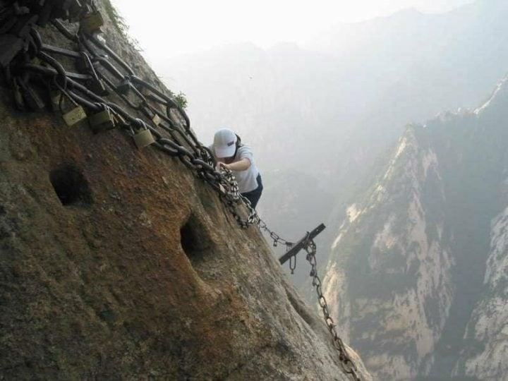 camino peligroso mundo