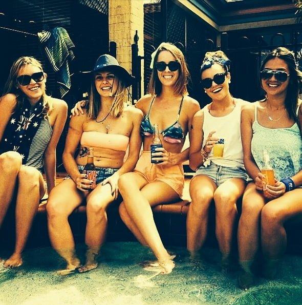 chicas australianas en fiesta