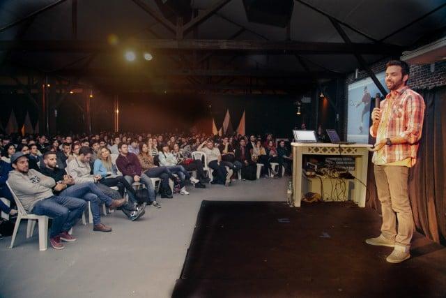 charla nueva zelanda australia