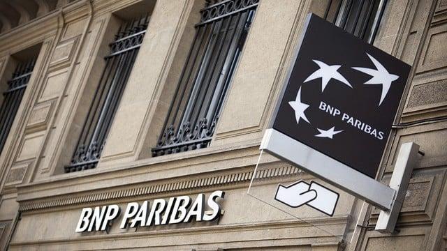 abrir cuenta de banco en francia con la visa VVT working holiday
