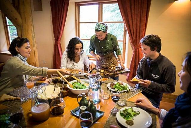 trabajando chef restaurant cocinera dinamarca
