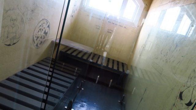 hostel carcel nueva zelanda