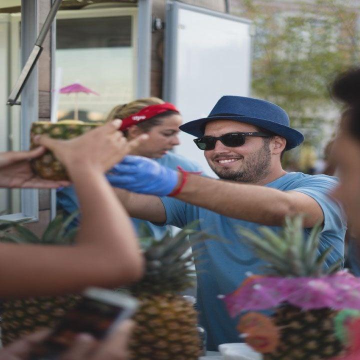 Thomas trabajando en Lisboa
