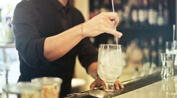 trabajar por el mundo bartender